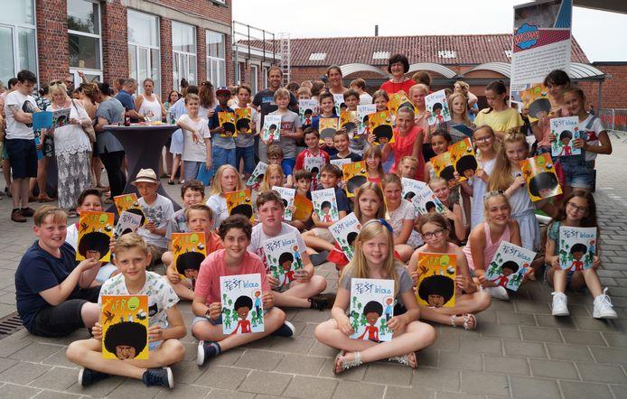 Onder andere het vijfde leerjaar van de vrije basisschool in Gits werkte mee aan het project 'Helden en Schurken'.
