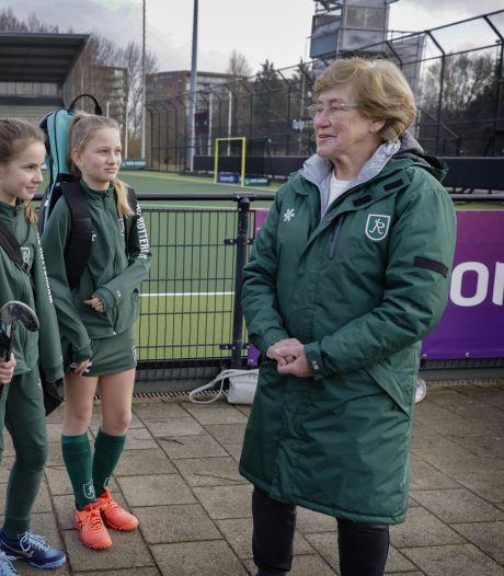 Weg met de rollator! Vrijwilligerswerk bij HC Rotterdam verjongingskuur voor Mary Knop (84)
