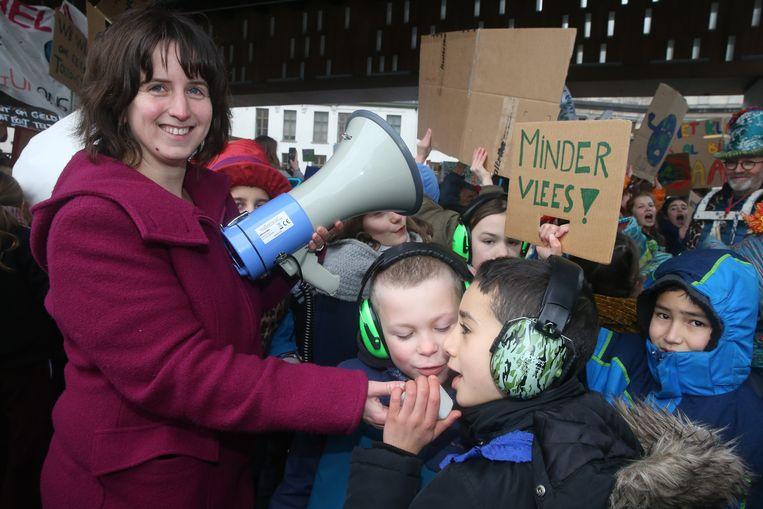 Juf Lien Rondou van De Oogappel is de bedenker van de klimaatactie. Zij liet de kinderen uitgebreid aan het woord.