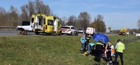 Motorrijder ernstig gewond na eenzijdig ongeval op A32 bij Meppel