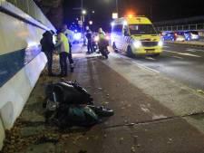 Scooters botsen tegen elkaar in Helmond: twee bestuurders gewond