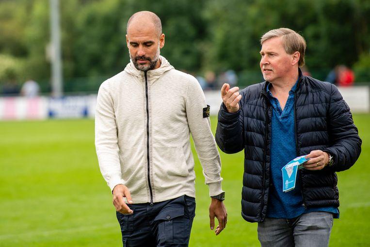 Vader Herwig De Bruyne met Pep Guardiola.  Beeld Photonews