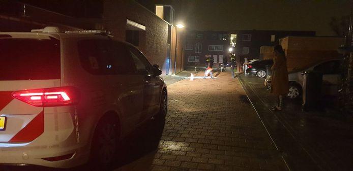 De politie onderzoekt het schietincident aan de Elftstraat.