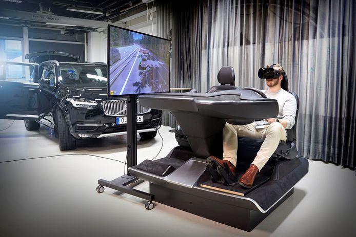 De deelnemers aan Volvo's experiment gingen onder meer virtueel op reis in een autonome 'auto'