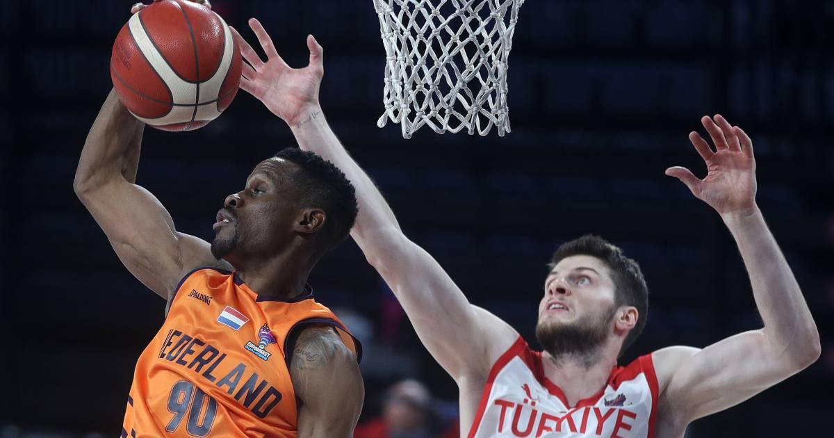 Nederlandse basketballers plaatsen zich na 6 jaar weer voor EK - AD.nl