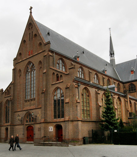 Katholieken in Apeldoorn en dorpen naar één grote parochie, onder een nieuwe naam