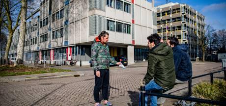 Bewoners 'vies' azc Apeldoorn krijgen steun in de Tweede Kamer