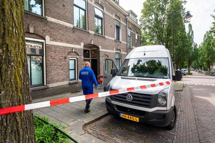 De technische recherche deed vrijdag 30 juli onderzoek naar de brand in de woning aan de Oranjestraat.