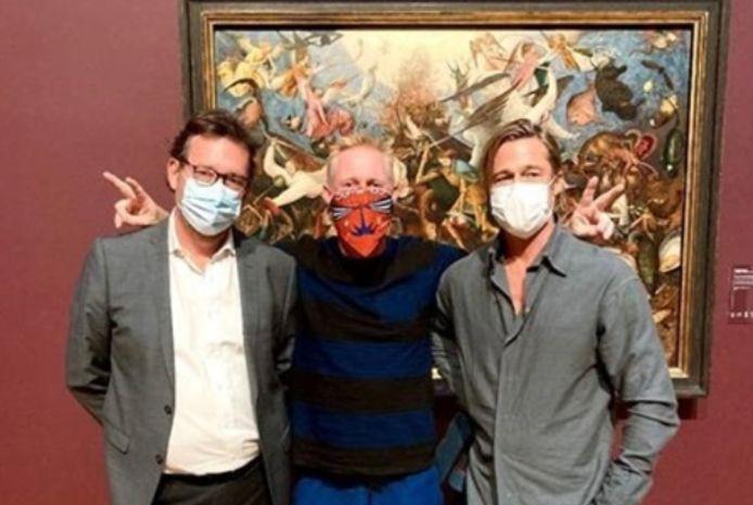 Brad Pitt est apparu en compagnie de son ami le sculpteur Thomas Houseago aux Musées Royaux des Beaux-Arts de Belgique.