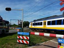 Over week 'schuine overweg' in Elst weg