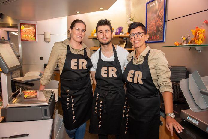 De medewerkers van ER Vleesatelier.