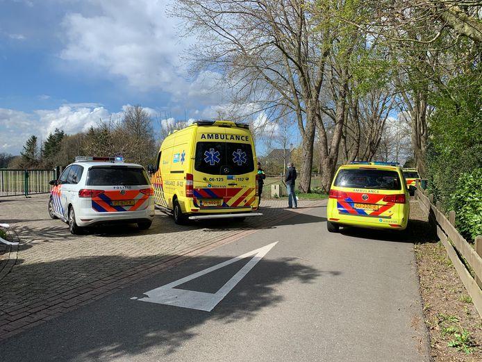 Hulpdiensten kwamen massaal ter plaatse na melding van het ongeval.