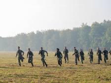 Verveelde jongeren worden à la Kamp Van Koningsbrugge afgebeuld door oud-commando's