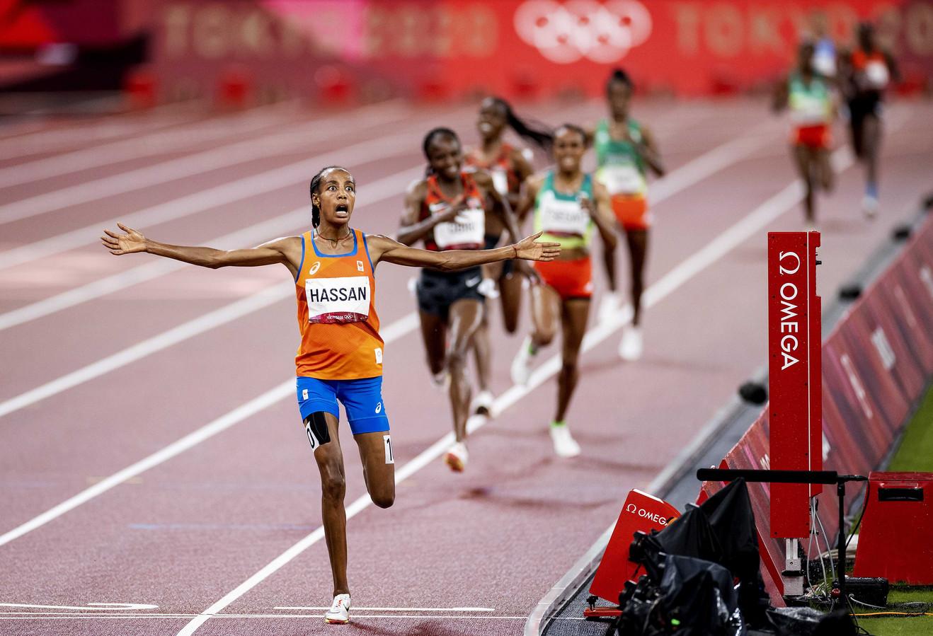 Sifan Hassan wint de 5000 meter.