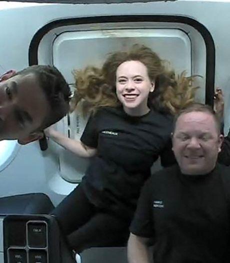 Les premiers touristes de l'espace sont de retour sur terre