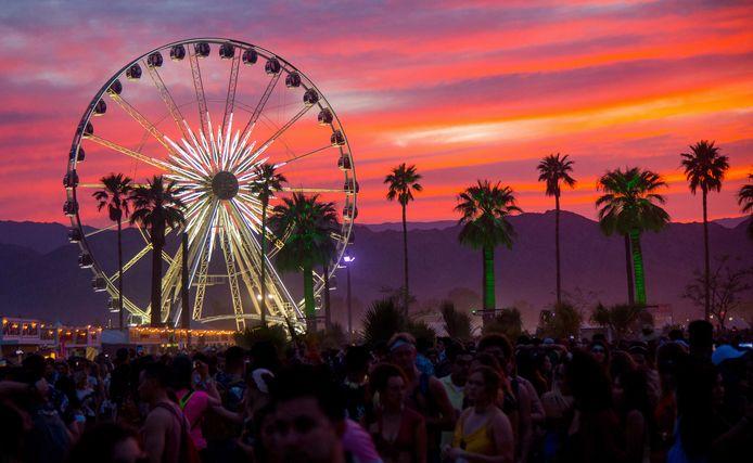Coachella se tient habituellement chaque année sur deux week-ends d'avril dans le désert californien, à Indio.