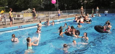 Zwembaden breken alle records na tropische zomer