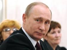 """Poutine réapparaît en public et se moque des """"ragots"""""""