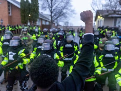 Minneapolis sous haute tension après la mort d'un jeune Afro-Américain tué par la police