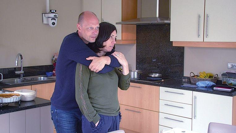 Het gezin van Isabelle en Steven leeft toe naar de eerste deelname van hun zoon Baptiste aan de Special Olympics.  Beeld VRT