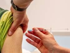 SKB ziekenhuis gaat meehelpen vaccineren en vraagt hulp bij zorginstellingen in Achterhoek
