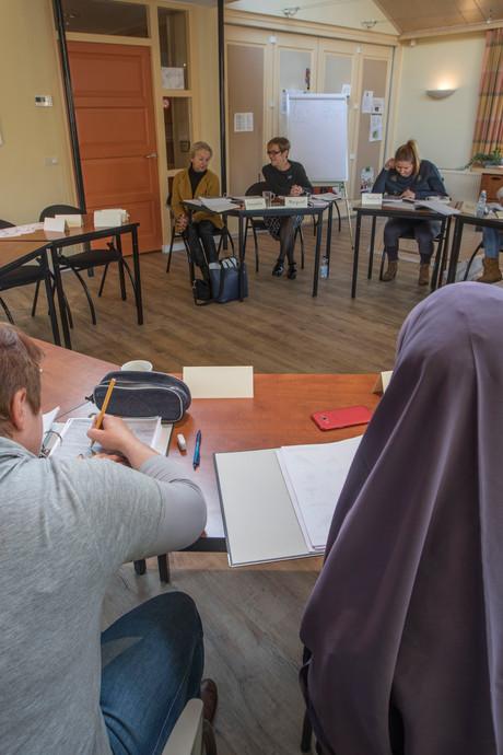Basisschool in Helmond geeft ook de ouders les