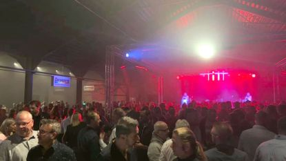 Topeditie van 'Feesten met de Burgemeester' in nieuwe evenementenhal Hangaar 44