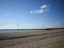 Petitie tegen plaatsing van de twee windmolens bij Haringvlietdam in Hellevoetsluis