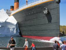 L'effondrement d'un iceberg dans un musée du Titanic fait trois blessés