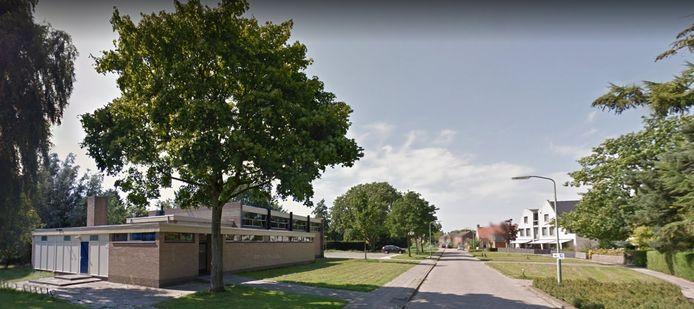 Op de plek van de oude gymzaal aan de Vlietstraat in Sleeuwijk komt mogelijk een hospice. De gymzaal is al een paar jaar geleden gesloopt.