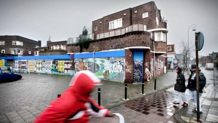 De Albert Heijn op het Mosplein is al dertien jaar dicht. Foto Jean Pierre Jans Beeld