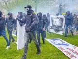 Gewelddadige confrontatie in Barneveld: wie zijn deze gemaskerde demonstranten?