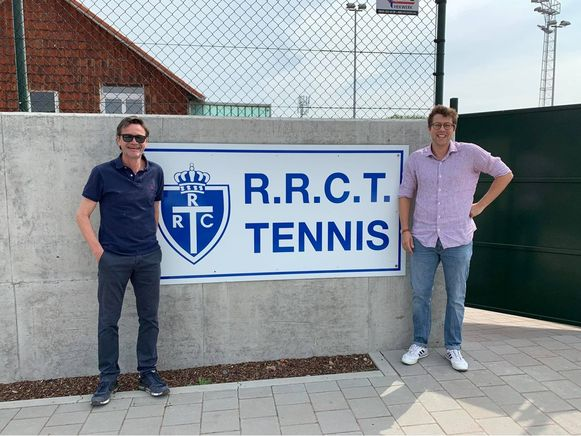 Overdracht van het voorzitterschap in de Tiense tennisclub.