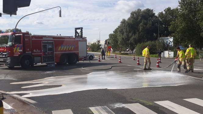 Twee bestuurders gewond bij botsing op N15