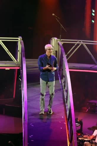 """Raymond van het Groenewoud steelt de show op het Schlagerfestival, inclusief eigen mobilhome: """"Toch ben ik op mijn plaats"""""""