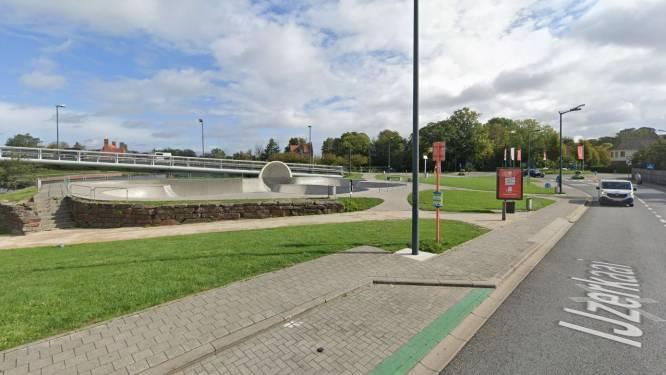 IJzerkaai aan skatebowl dag dicht voor verkeer