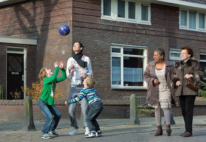 Spelen op straat.