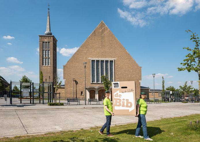 De bibliotheekcollecties van Zwevezele en Wingene verhuizen naar de kerk op de Hille