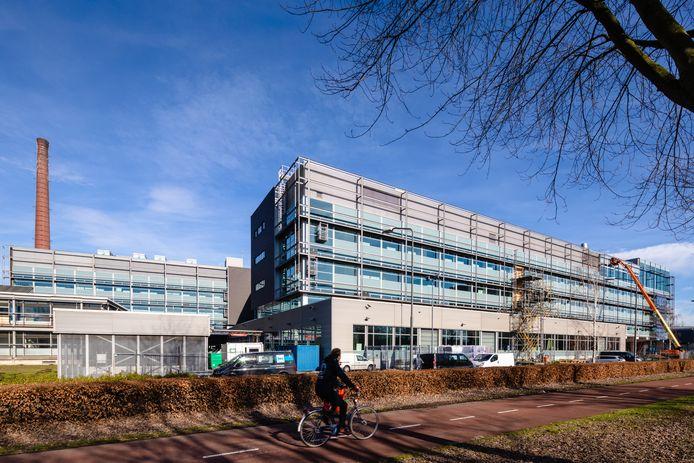 Het gebouw Nexus op de TU/e Campus in Eindhoven, waar onder andere de technische opleidingen en Toegepaste Natuurwetenschappen van Fontys  en de opleiding Laboratorium van Summa zijn gehuisvest.