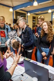 Tekort stageplekken treft student in Twente: 100 leerlingen op zoek
