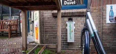 Lekker eropuit in Almelo met de elektrische fiets, maar dan is opeens de accu leeg? Op deze plekken kan je opladen