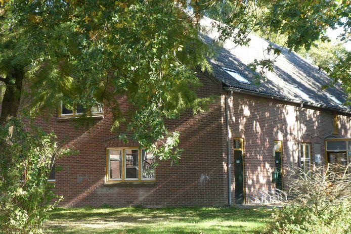 De plek waar voorlopig stichting Bij Jan neerstrijkt, de boerderij van welzijnsinstelling Bint in Gestel.