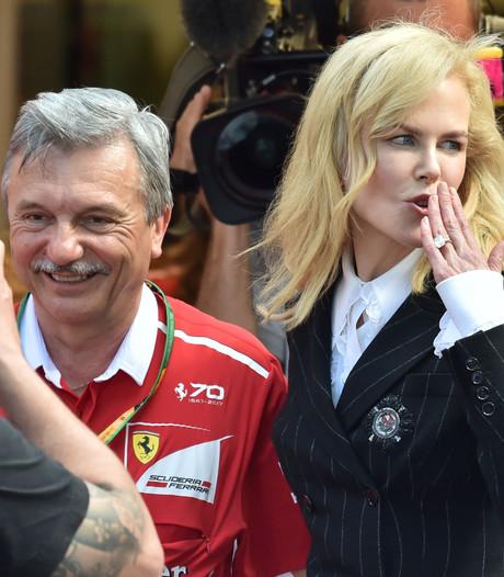 Nicole Kidman zet  de heren coureurs even in de schaduw