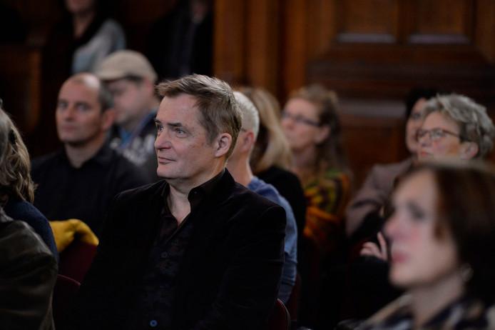 Herman Finkers: 'As wie het Twents kwietraakt, bu'w oonze identiteit kwiet'