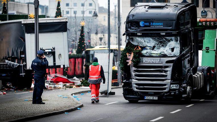 De vrachtwagen die werd gebruikt door Anis Amri bij de aanslag van vorig jaar op de kerstmarkt in Berlijn Beeld anp