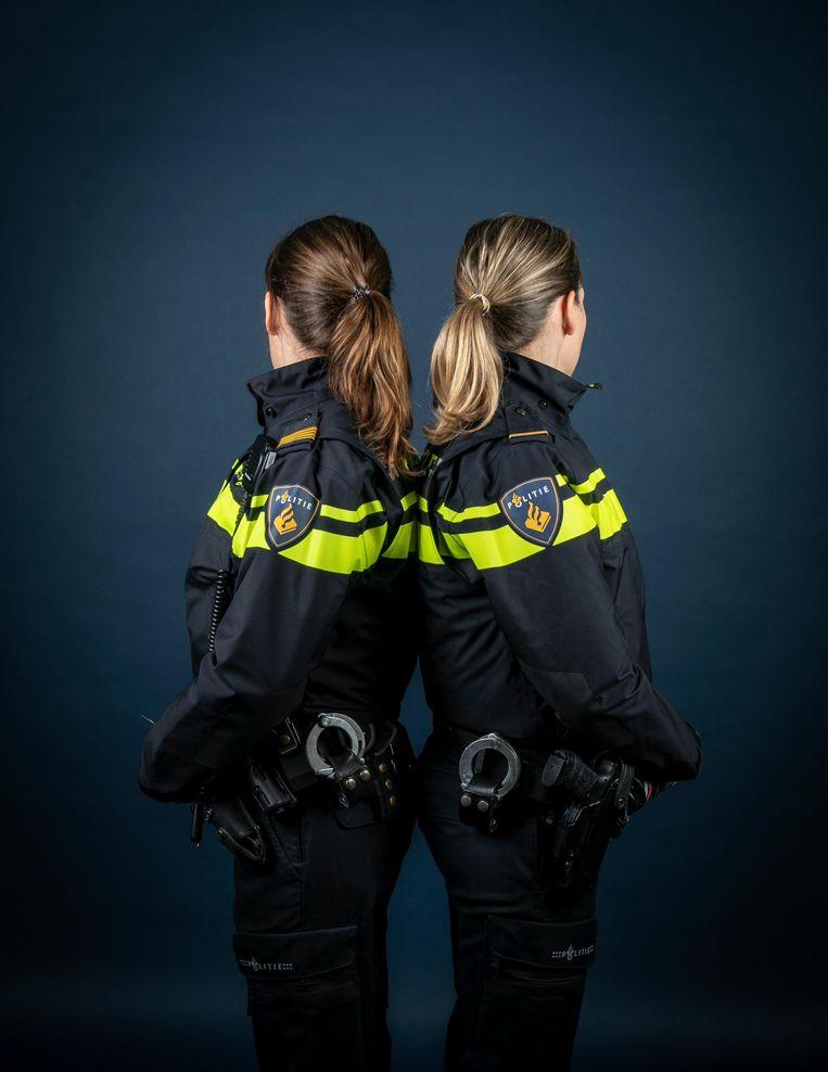 Wieteke (rechts) en Willemijn, 34 jaar Beeld Dingena Mol