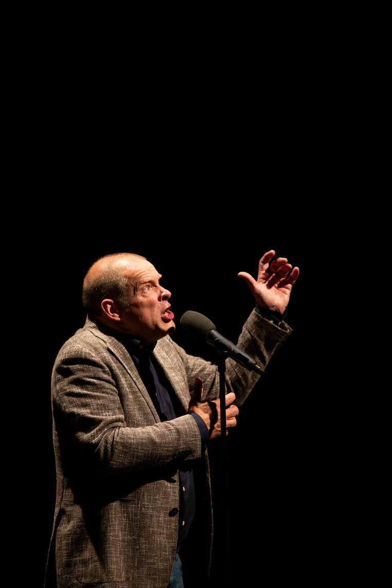 Erik van Muiswinkel: 'Ik hoop op het podium iets van de sfeer van de optredens van Drs. P te kunnen vatten.' Beeld Anne van Zantwijk