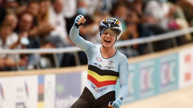 Goud! Lotte Kopecky is wereldkampioene in de puntenkoers