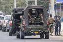 Militairen tijdens protesten in Yangon.