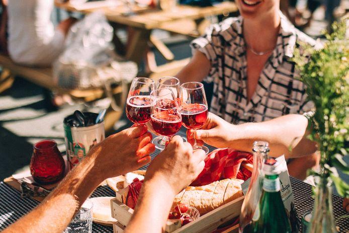 Bar Piquette in Amsterdam is momenteel de enige plaats waar je van het drankje kan genieten.